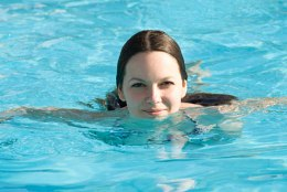 How to swim to lose weight and stay in shape