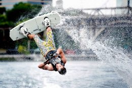 Moscow holds the championship wakeboarding and veykskaytingu