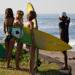 Surf camp in Bali