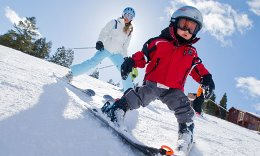 especially clothing for children in practicing skiing1