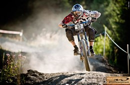 mtb-downhill-mountain-biking