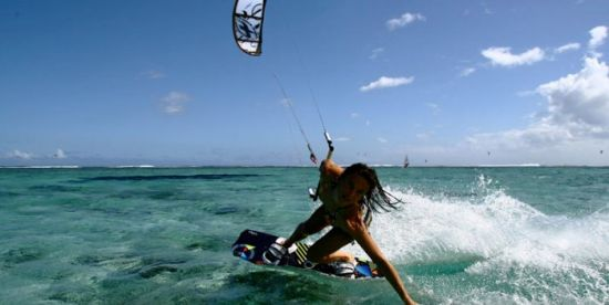 Kiters will go to the Caymans2