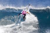 Титул «Беллз-Бич» в сёрфинге: американка победила австралийку в напряженном финале