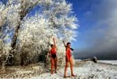 Для плавания температура -30°С не помеха