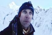 В пещере на Эвересте пойман альпинист-безбилетник